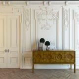 Cabot в классицистической комнате