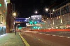 Cabot Circus Footbridge na noite fotografia de stock royalty free