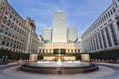 Cabot Square In London, editorial Foto de Stock