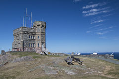 Cabot Tower am historischen Signal Hall, St Johns, Neufundland, lizenzfreie stockfotos