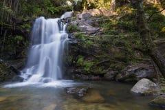 Cabreia-Wasserfall lizenzfreie stockfotos