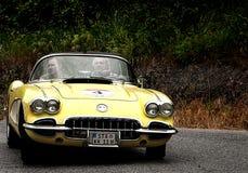 Cabrio AMARILLO de Chevrolet Corvette Fotografía de archivo libre de regalías