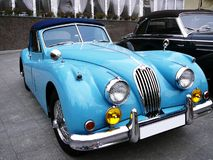 Cabriolet blu Immagini Stock