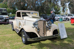 Cabriolet 1932 di Chrysler su esposizione Fotografia Stock