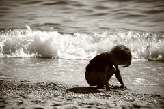 Cabrito en la playa Fotos de archivo
