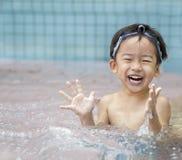 Cabrito feliz en el agua Fotografía de archivo libre de regalías