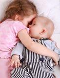 Cabritos en cama Foto de archivo libre de regalías