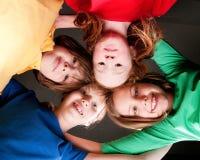 Cabritos felices del color imagen de archivo
