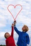 Cabritos que pintan en el cielo foto de archivo libre de regalías
