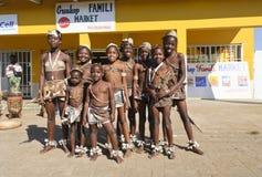 Cabritos que presentan después de la demostración de la danza Fotos de archivo libres de regalías