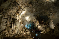 CACAHUAMILPA,墨西哥- 2010年:Grutas de Cacahuamilpa Cacahuamilpa洞 免版税图库摄影