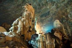 CACAHUAMILPA MEXICO - 2010: Grutas de Cacahuamilpa Cacahuamilpa grottor arkivbilder