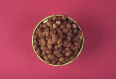 Cacahuetes calientes y picantes Foto de archivo libre de regalías