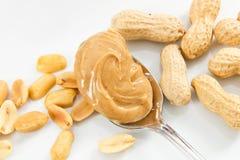 Cacahuetes y mantequilla de cacahuete Fotos de archivo libres de regalías