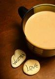 Cacao chaud avec l'amour et la chaleur Image stock