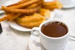 Cacao et beignet Photographie stock libre de droits