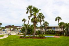 Cacaostrand, de V.S. - 29 April, 2018: Motel 6 in Cacaostrand, Florida, de V.S. royalty-vrije stock foto's