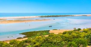 Cacela Velha, oud vissersdorp dichtbij Vila Real de Santo Antonio, Algarve, Portugal royalty-vrije stock fotografie