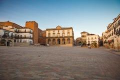 caceres黎明主要西班牙广场 库存照片