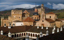 caceres de guadalupe玛丽亚修道院圣诞老人 免版税库存照片