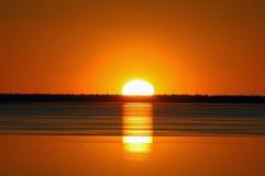 Cacerola de Etosha de la puesta del sol imagen de archivo