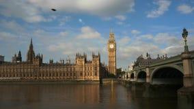 Cacerola de la mañana de ben grande en Londres almacen de video