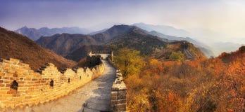 Cacerola del estrecho del horizonte de la Gran Muralla de China fotos de archivo libres de regalías