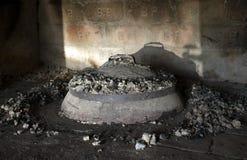 Cacerola del hierro - peka fotografía de archivo libre de regalías