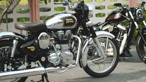 Cacerola lateral 01 de la motocicleta almacen de video