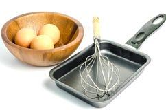 Cacerola y huevo Foto de archivo