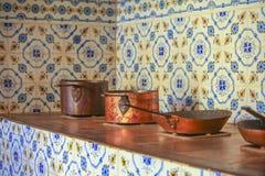 Cacerolas de cobre Fotos de archivo libres de regalías