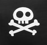 Cache de pirate sur le blanc Photos stock