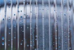 Cache de piscine photographie stock libre de droits