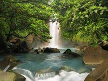 Cachoeira azul celestial fotografia de stock royalty free