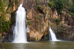 Cachoeira bonita com água branca Fotografia de Stock Royalty Free