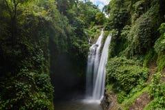 Cachoeira bonita de Aling Aling, Bali, Indonésia fotos de stock royalty free