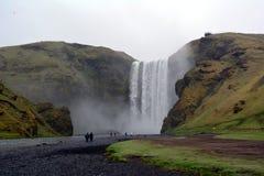 Cachoeira bonita de Seljalandsfoss em Islândia no verão fotos de stock