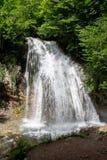 Cachoeira bonita Djur-Djur em Ucrânia, Crimeia, verão imagens de stock royalty free
