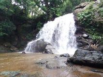 Cachoeira bonita no toliba imagem de stock