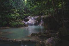 Cachoeira com água azul do tom macio Foto de Stock