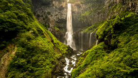 Cachoeira com fulgor da luz Fotos de Stock Royalty Free