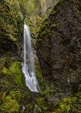Cachoeira da angra da inanição na mola Imagem de Stock