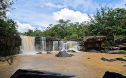 Cachoeira da floresta de Dipterocarp Fotografia de Stock