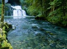 A cachoeira da fonte do Lison em França Fotografia de Stock Royalty Free