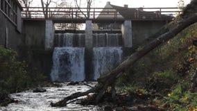 Cachoeira de Aleksupites em Kuldiga Letónia filme