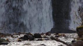 Cachoeira de Aleksupites em Kuldiga Letónia vídeos de arquivo