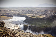 Cachoeira de Dettifoss em Islândia no tempo nublado Foto de Stock