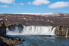 A cachoeira de Godafoss em Islândia imagens de stock