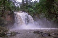 Cachoeira de Haew Suwat imagens de stock