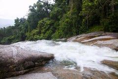 A cachoeira de Karom é uma das atrações do thammara do SI de Nakhon Fotos de Stock